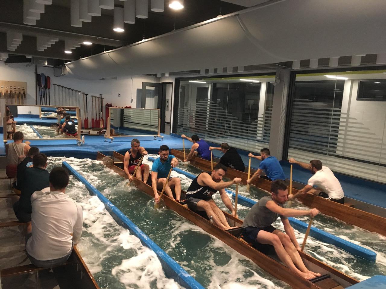 Dragon boat paddling pool